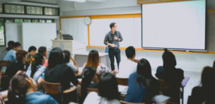 公共職業訓練の受け方を徹底解説!失業保険をもらいながら資格を習得する方法